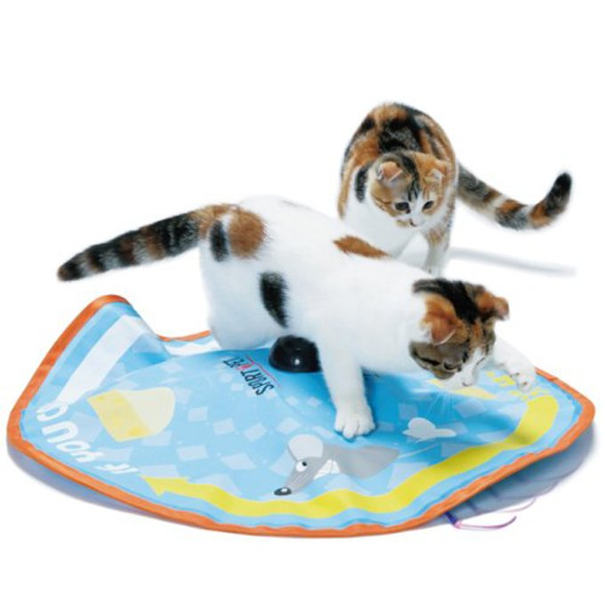 pouncing-paws-motorized-cat-toy
