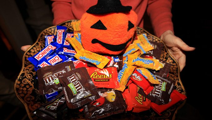 halloween candies in a bowl